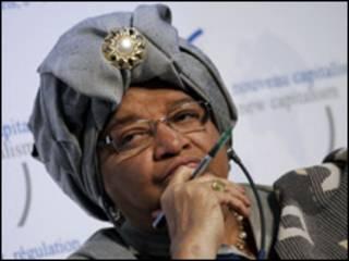 الين جونسون رئيسة ليبيريا