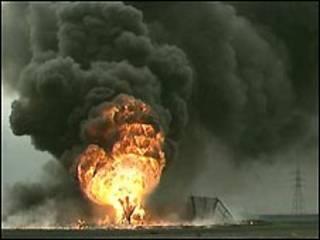 آبار كويتية محترقة