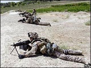 قوات مشاة البحرية الأمريكية في هلمند