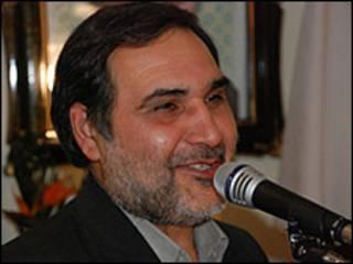 آقای فروزنده پنج سال دیگر ریاست بنیاد مستضعفان را عهده دار می شود