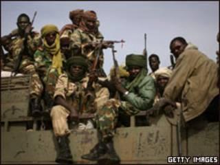 جنود تشاديون الأزمة المسلحة مع السودان عام 2007