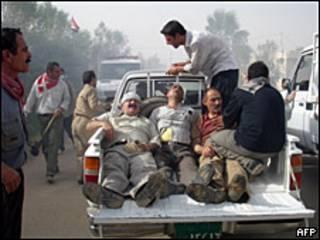 Heridos en el campamento de Ashraf.