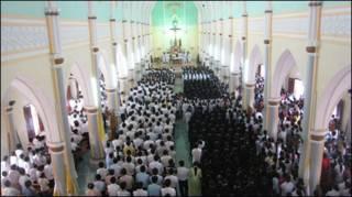 Cầu nguyện của giáo dân trong vụ Tam Tòa