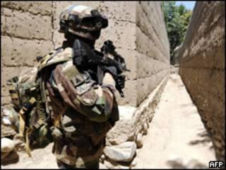 جندي امريكي في افغانستان