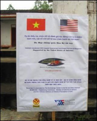 Dự án hợp tác Mỹ Việt về dọn sạch bom mìn tại Miền Trung