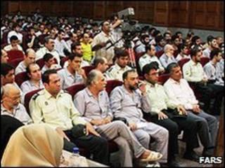 Jucio contra opositores en Irán