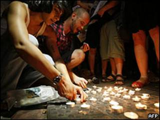Ataque a un centro cívico gay en Tel Aviv, Israel, el 1 de agosto de 2009