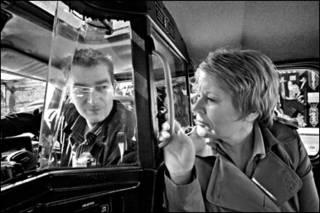 Vincent Higgins e Carol Moore em 'Two Roads West'. Foto: Aidan Monaghan