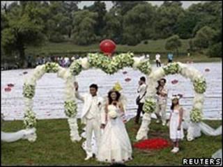 Vestido de novia más largo del mundo