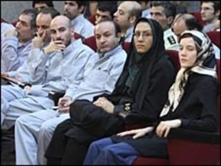 محاكمة المشاركين في المظاهرات
