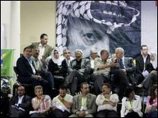 Delegados do Fatah aguardam resultados de eleições na Cisjordânia
