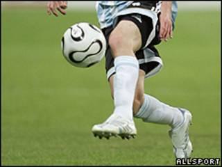 Lionel Messi jugando con la selección argentina