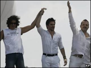 Carlos Vives, Juanes y Miguel Bosé