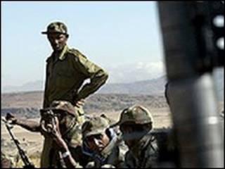 قوات اثيوبية على الحدود مع اريتريا