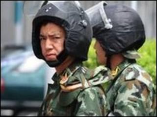 پلیس در سین کیانگ