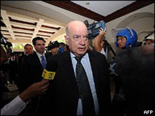 Insulza llega a Honduras