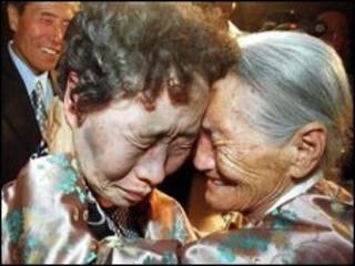دیداردو خواهر کره ای در سال 2000_ آرشیو