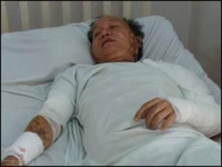 Thầy Đặng Hữu Dũng trong bệnh viện, ảnh của VietnamNet