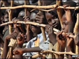 نازحون في احد المعسكرات في دارفور