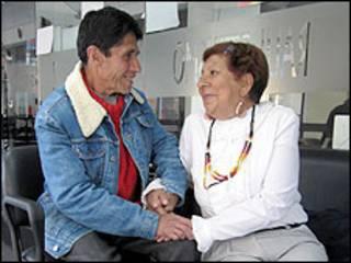 Irma Rodríguez e Jorge Carillo se preparam para o casamento