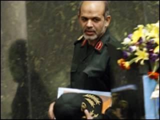 وحیدی وزیر دفاع ایران