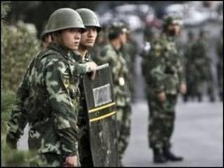پلیس شبه نظامی در ارومچی