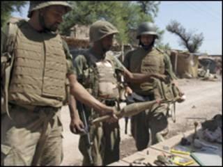 جنود باكستانيون في منطقة خيبر