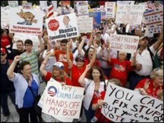 Biểu tình chống chính sách y tế của Obama