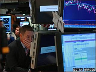 Corredor en Wall Street. Foto de archivo: 15 sept. 2008