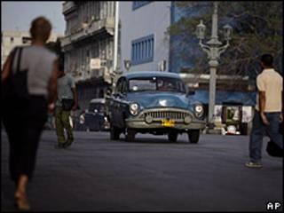 Auto en Cuba