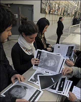 Familiares de las víctimas de los atentados de la AMIA (Foto: Archivo)