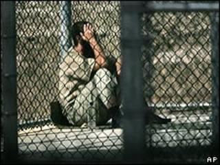 Заключенный в Гуантанамо