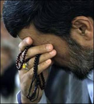 احمدی نژاد - تصویر از اکونومیست