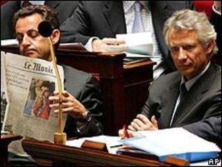 Nicolas Sarkozy y Dominic de Villepin (Foto: 11/04/06)