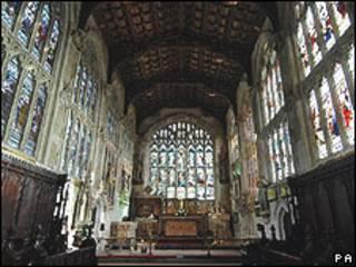 Interior de la iglesia Holy Trinity Church