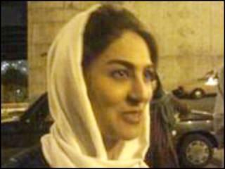 شیوا نظر آهاری پس از آزادی - عکس از خبرنامه امیرکبیر