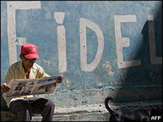 Lector en La Habana