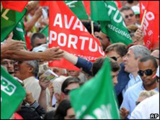 O premiê José Sócrates em campanha