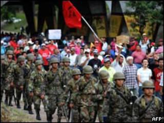 América Latina, Honduras, Zelaya, derechos humanos, Cruz, Roja