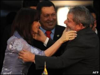 Cristina Fernández, pte. de Argentina; Hugo Chávez, pte. de Venezuela, y Lula Da Silva, pte. de Brasil