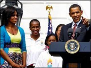 اوباما مع زوجته ميشيل