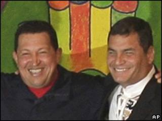 Hugo Chávez y Rafael Correa