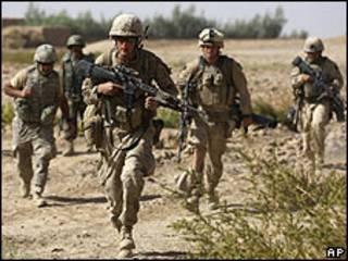 Soldados estadounidenses bajo ataque en Afganistán