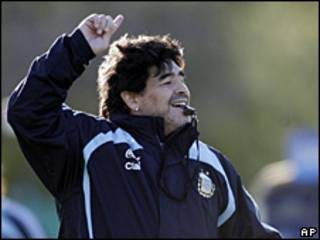 Diego Maradona, durante un entrenamiento