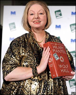 Hilary Mantel và tiểu thuyết lịch sử Wolf Hall