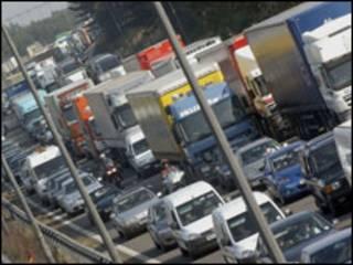 Emissões de carbono no setor de transportes