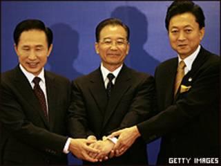 Los líderes de China, Japón y Corea del Sur