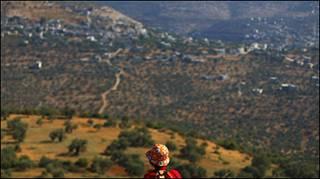 مشهد من احد التلال القريبة من رام الله