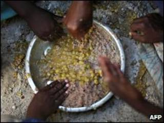 Centro de racionamento de alimentos na Somália (arquivo)