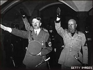 Hitler y Mussoli